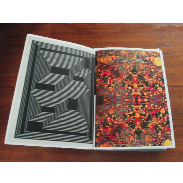 édition corpus de références-effets d'optique géométrique-effet visuels du design graphique Leif Podajsky