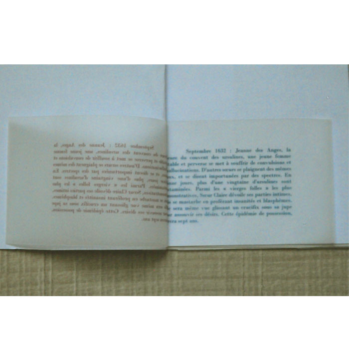 micro edition en bleu et rouge-Les possédées de Loudun